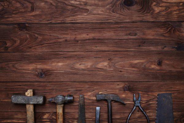 tools-on-wood-compressor